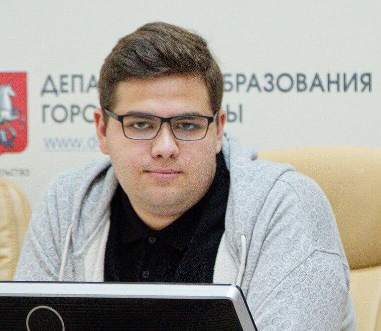 Влад Маилов