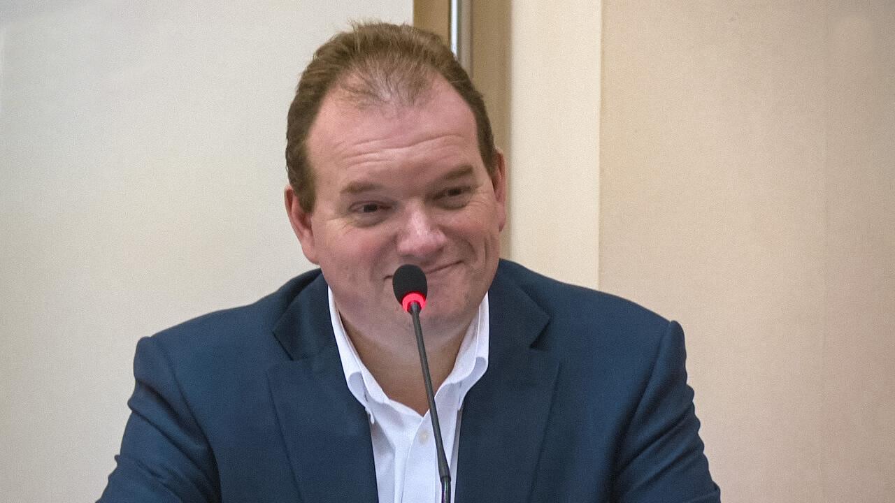 Заместитель руководителя Департамента образования и науки Александр Молотков